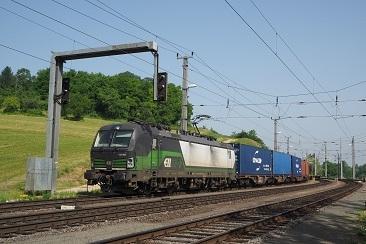 IXAm-21-Juni-2021-in-Spielfeld-Stra-die-193-286