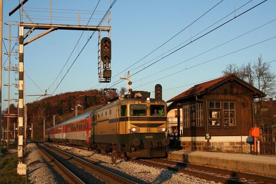 KM-34195-der-342-024-Grobelno-EC-101-JOZE-PLECNIK-am-11-Mai-2007
