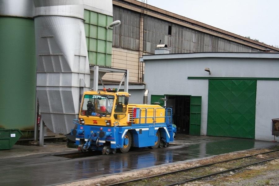 35211a4-Store-Steel-Lokomotraktor-122-09-11-07