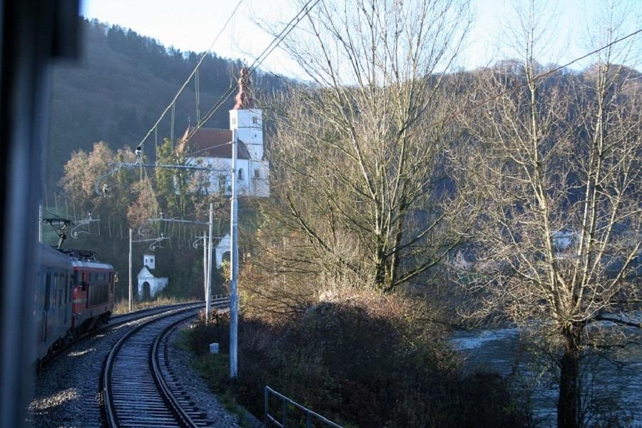 KM-36801-Lasko-Marija-Gradec-am-10112011